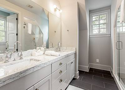 1_swann_ridge_bathroom