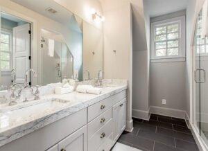 1_swann_ridge_bathroom_full