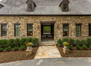 2_swann_ridge_front_entry